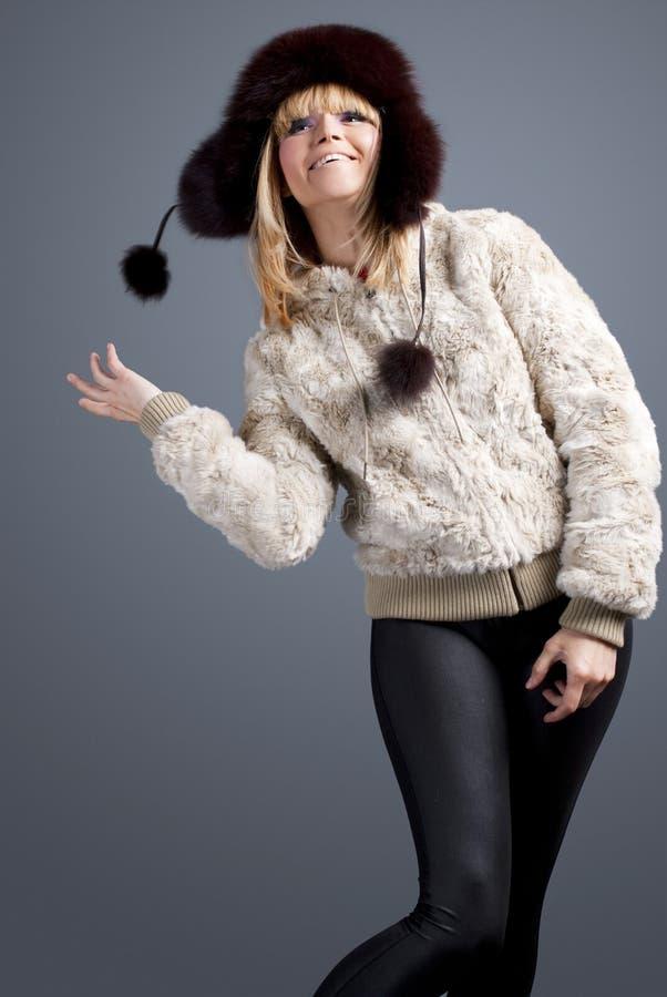 lycklig vinter för flicka royaltyfri fotografi