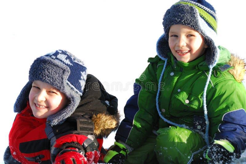 lycklig vinter för pojkar arkivbilder