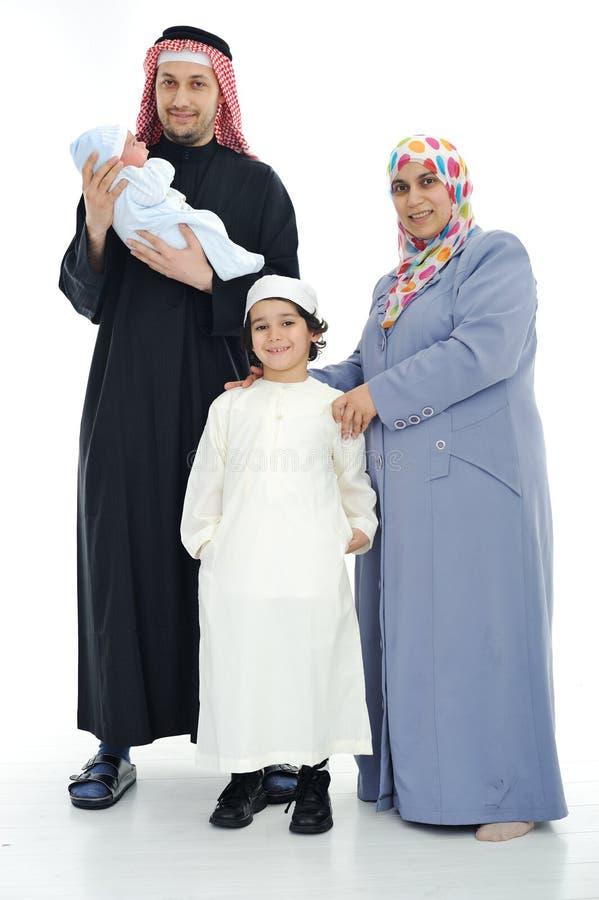 lyckliga muslim för familj arkivfoto