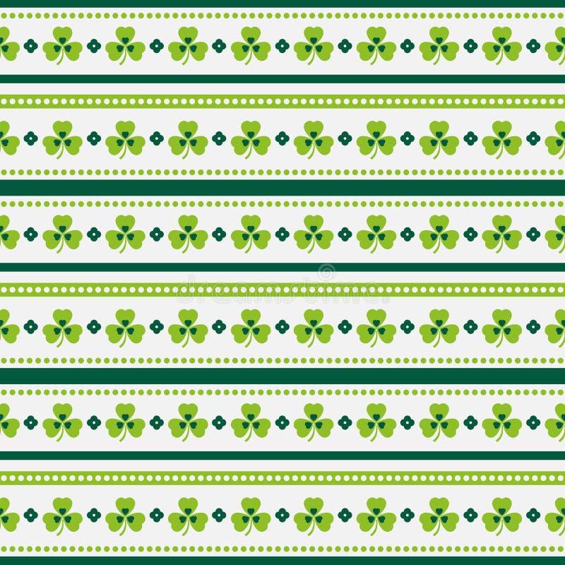 Lyckliga Sts Patrick dag! Sömlös randig modell med treklöverer vektor illustrationer