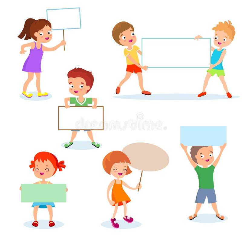 Lyckliga ungar med pappers- kort och baner Tecknad filmbarn som rymmer tomt tecken vektor för set för tecknad filmhjärtor polar stock illustrationer
