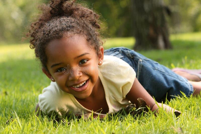 lyckligt barn arkivbild
