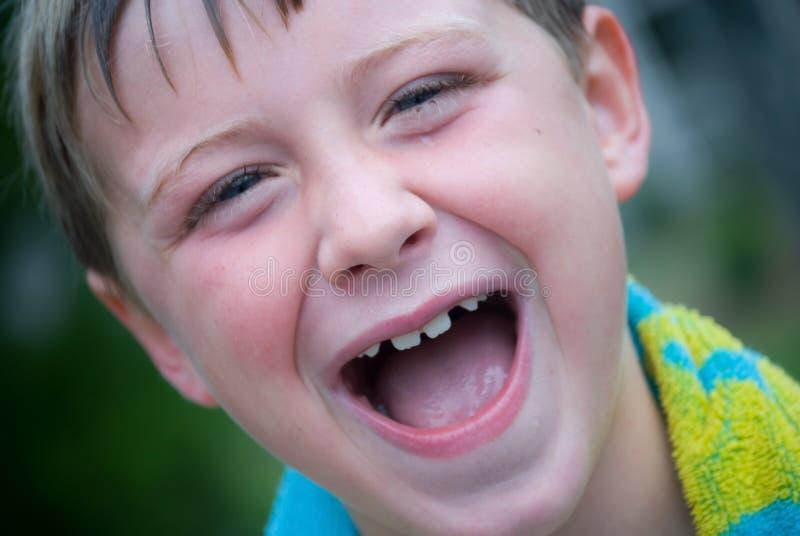 lyckligt barn för pojke arkivfoton