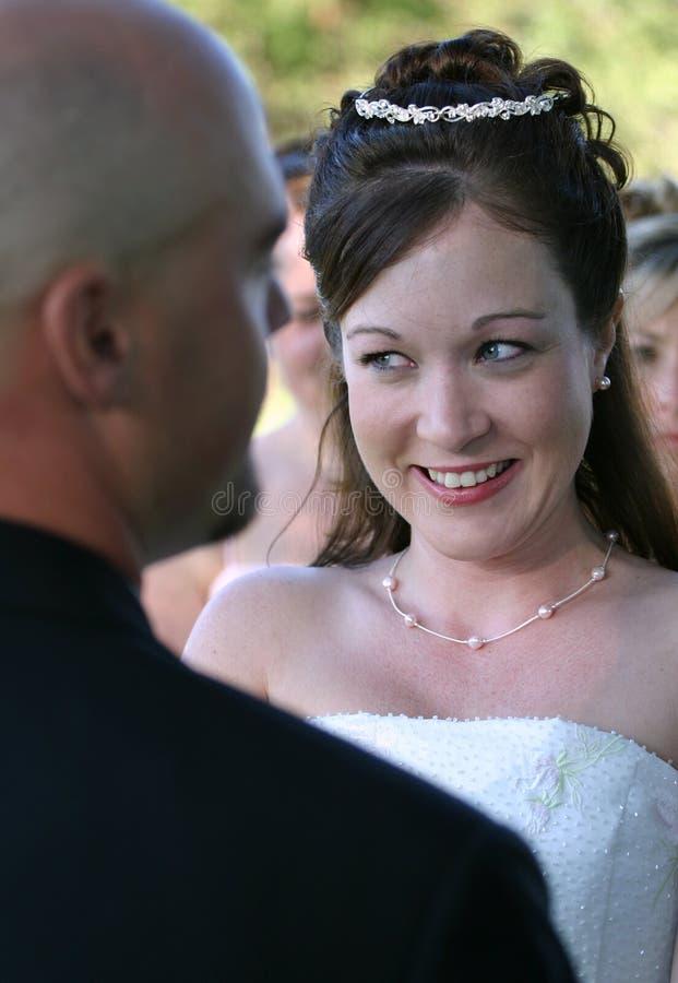 lyckligt bröllop för brud arkivfoton
