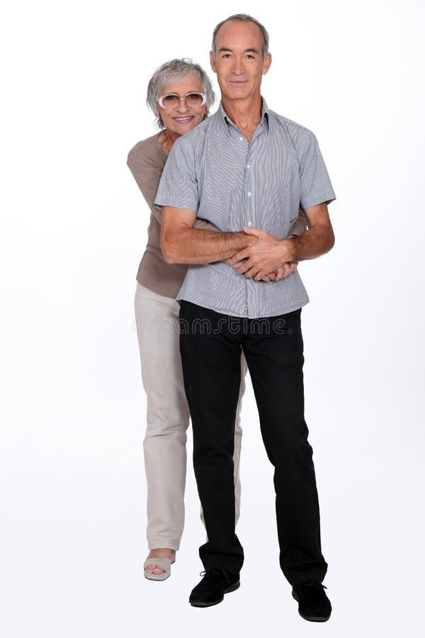 Lyckligt gifta gamla par arkivbild