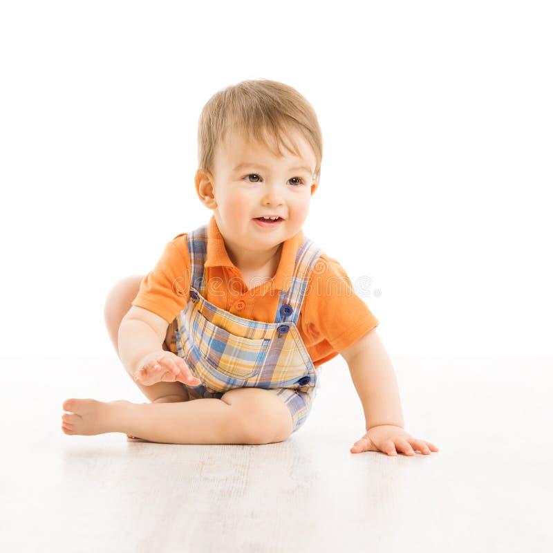 Lyckligt le för barn, liten en årspojke arkivfoto