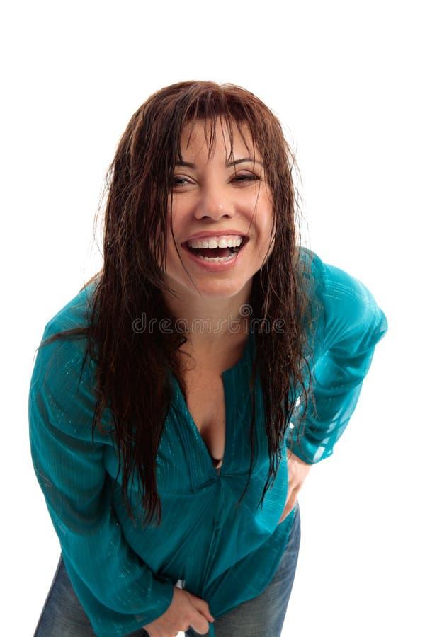 lyckligt skratta för flicka som är vibrerande arkivbild