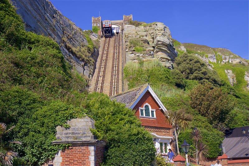 Lyft till den västra kullen i Hastings, UK arkivbild