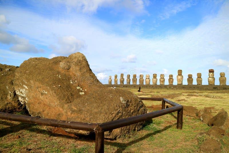 Lying Moai Ruin with the Iconic 15 Moai Status in Backdrop, Ahu Tongariki Ceremonial Platform on Easter Island, Chile foto de stock royalty free
