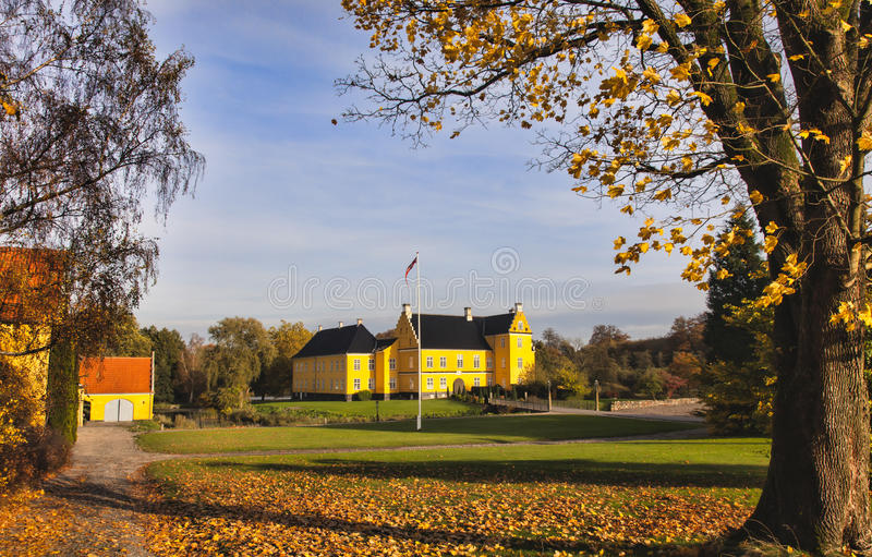 Download Lykkesholm slott på funen arkivfoto. Bild av gammalt - 27286530