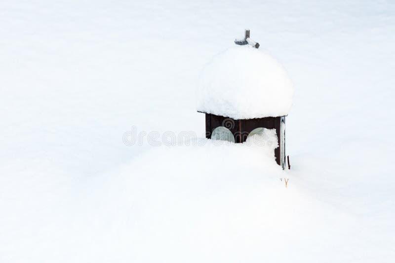Lykta i Snow arkivfoton