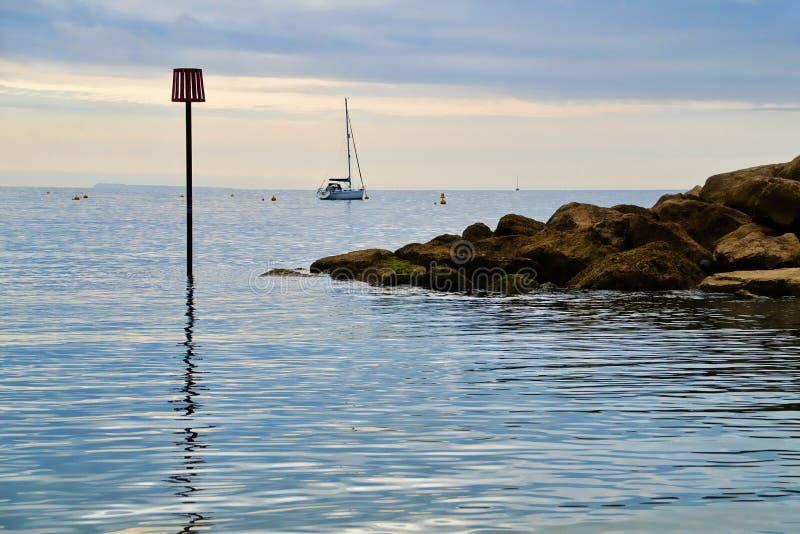 Lyme Regis On An August Morning arkivbilder