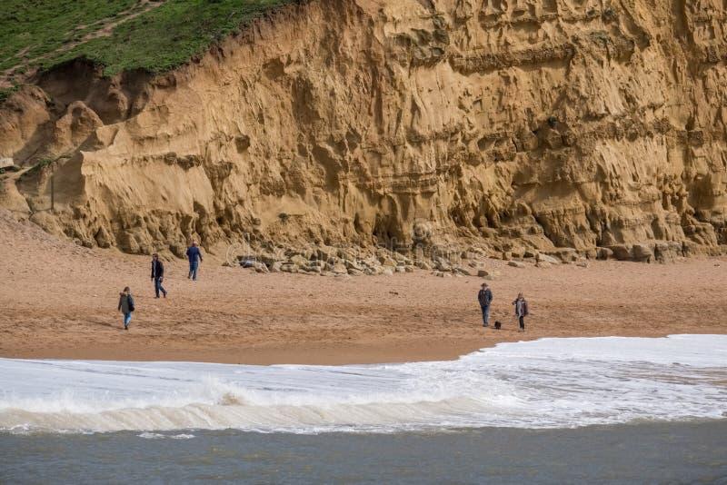 LYME REGIS, DORSET/UK - 22 ΜΑΡΤΊΟΥ: Ιουρασική ακτή σε Lyme σχετικά με στοκ εικόνες με δικαίωμα ελεύθερης χρήσης