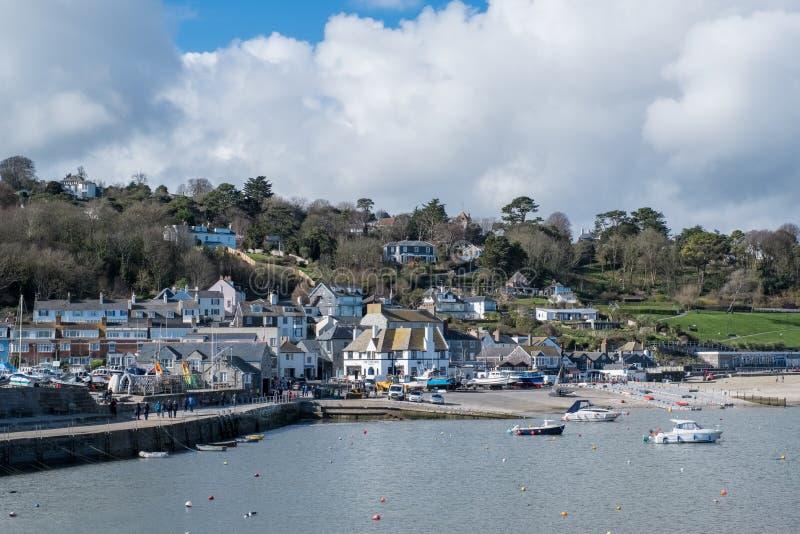 LYME REGIS, DORSET/UK - MARS 22: Sikt av Lyme Regis från Het royaltyfria bilder