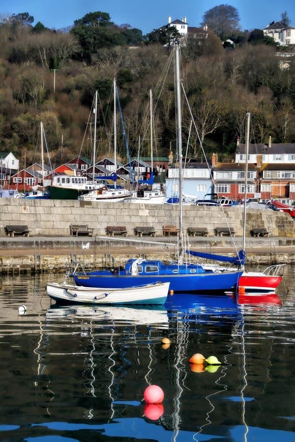 Lyme Regis Harbour - April arkivfoto