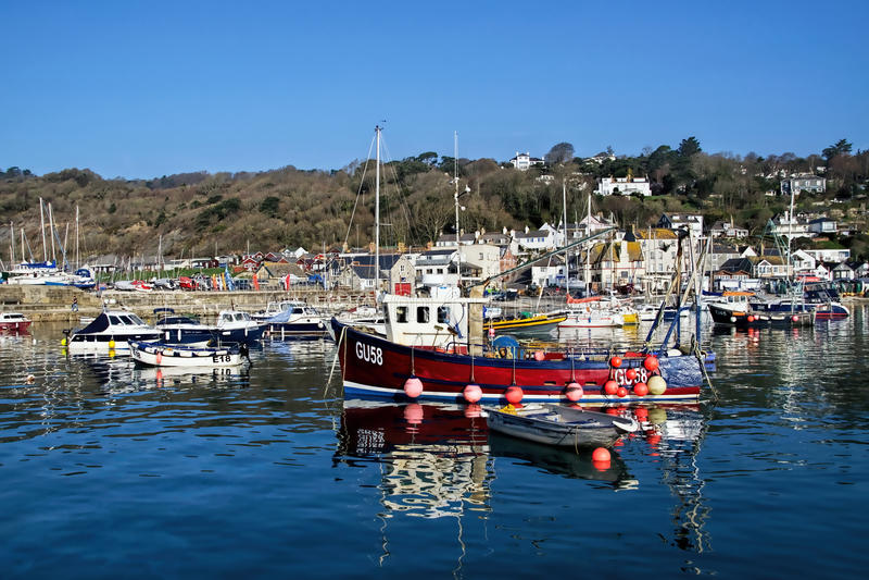 Lyme Regis Harbour - April royaltyfri bild