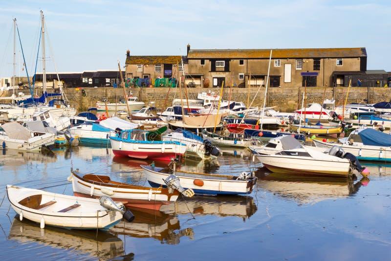 Lyme Regis Harbour Dorset arkivfoton
