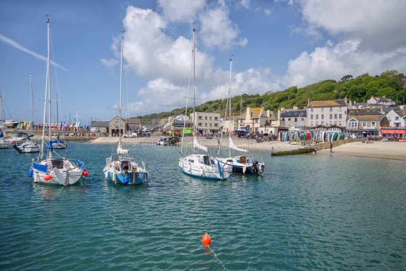 Lyme Regis Harbour - Maj 2015 arkivfoto