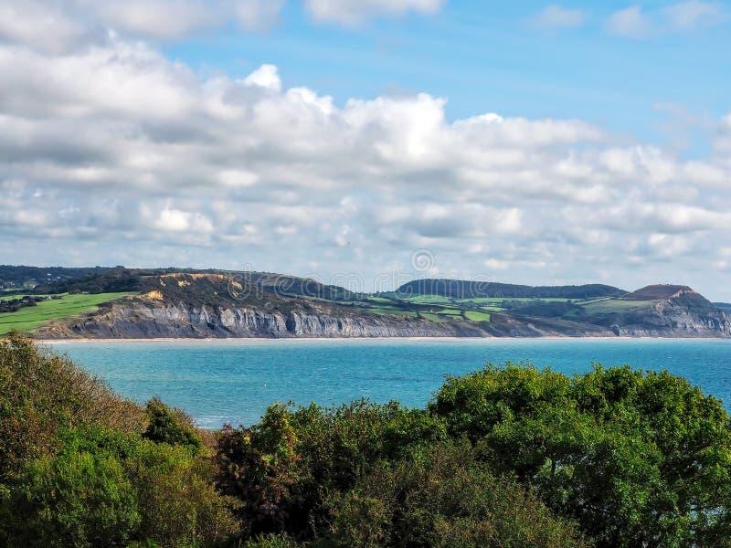 Lyme Regis - la trayectoria costera pasa por alto imagen de archivo libre de regalías