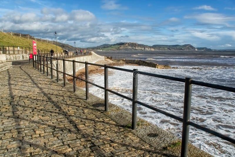 Lyme Regis Seascape - Januari 2016 arkivfoton