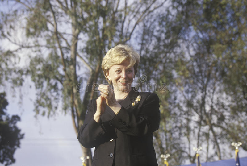 Lynn Cheney på en Bush/Cheney aktion samlar i Costa Mesa, CA, 2000 royaltyfria foton