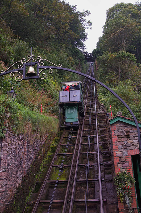 Lynton & Lynmouth峭壁铁路 免版税库存图片