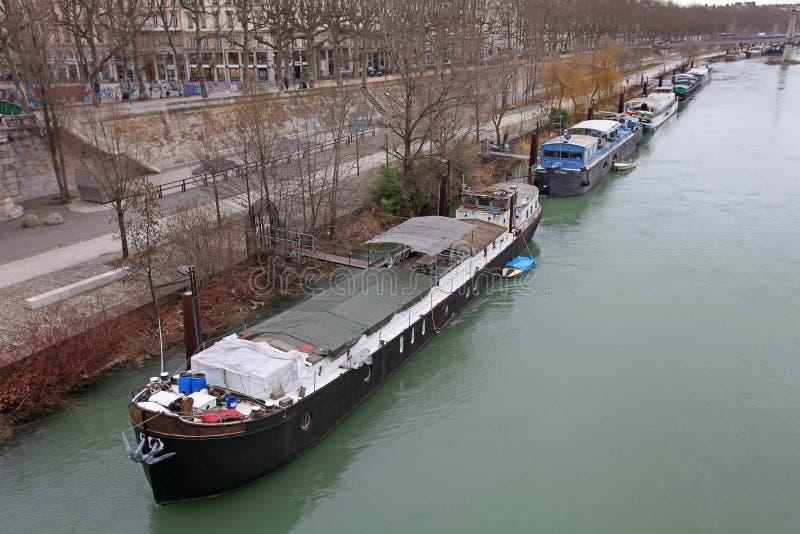 Lyon, barcos en el río Rhone imagen de archivo libre de regalías