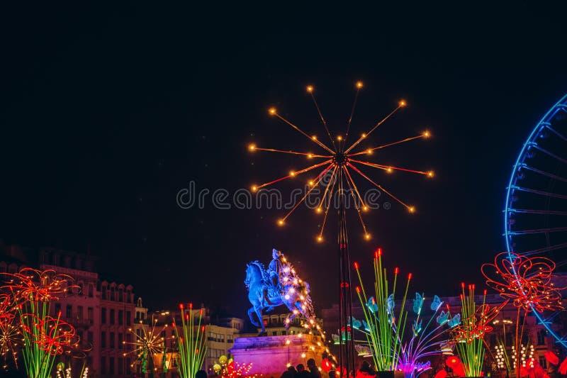 Lyon, Frankreich 9. Dezember 2017 Setzen Sie Bellecour, Statue von König Louis XIV stockfotos