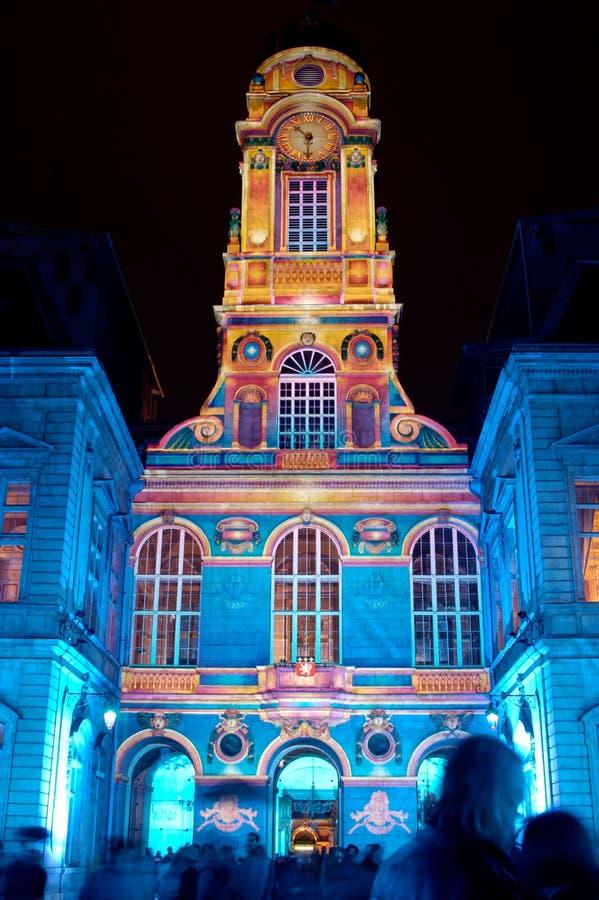 Lyon: Los patios ayuntamiento (Francia) fotografía de archivo
