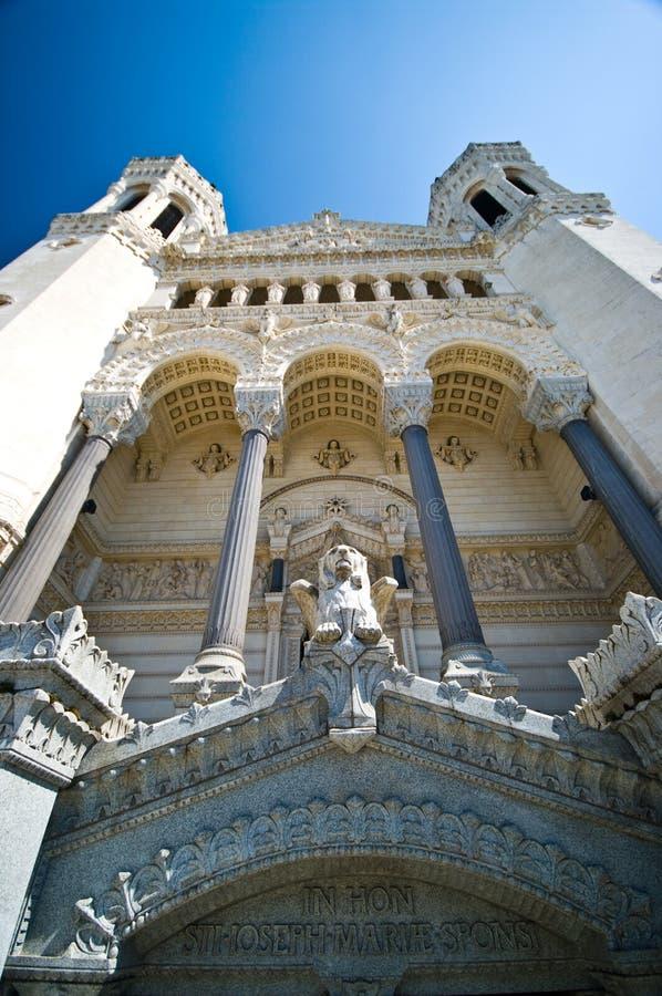 Lyon Notre Dame Cathedral bred vinkel royaltyfri fotografi