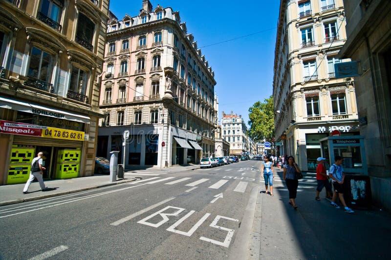 Lyon-Straßenweitwinkelansicht am Sommertag stockfoto