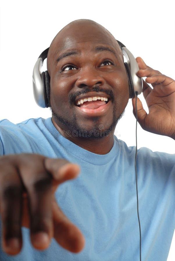 lyssnande musik till royaltyfri foto