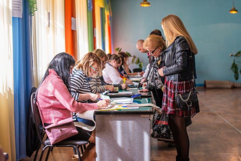 Lysychansk, de Oekra?ne - de Verkiezing van 03-31-2019 van de President van de Oekra?ne royalty-vrije stock foto