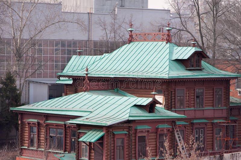 Lyubertsy 执行莫斯科地区俄国符号认为什么您 Kruming房子在是的十九一百和第二十年列宁 免版税库存照片