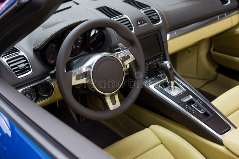 Lyxig inre för sportbil royaltyfri bild