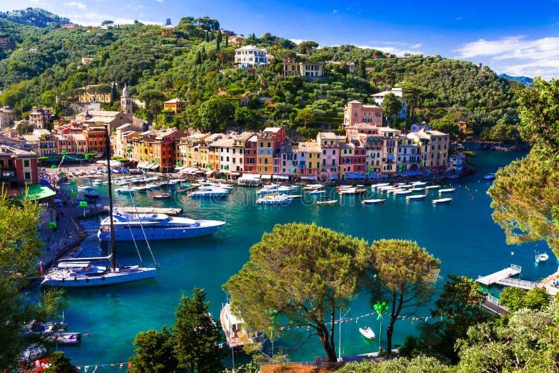 Lyxig italienare semestrar - härliga Portofino i Ligurian kust royaltyfri fotografi