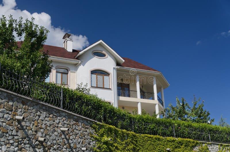 Lyxig villa royaltyfria bilder
