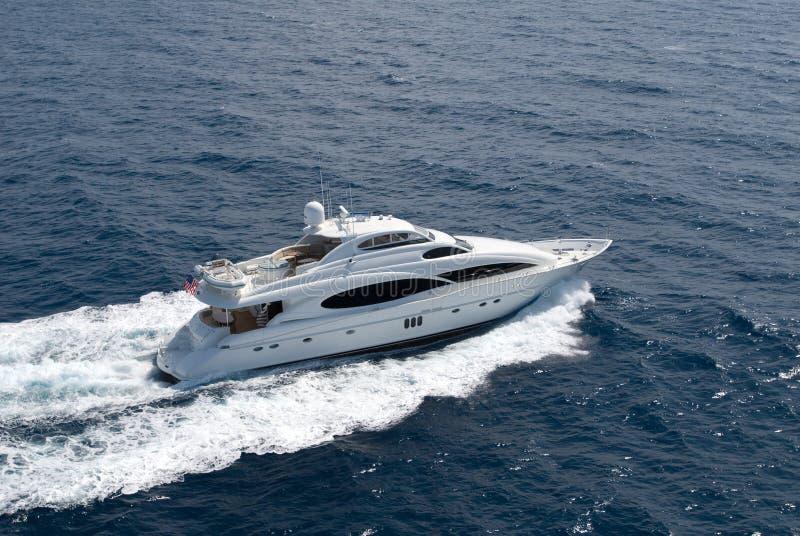 lyxig yacht royaltyfri fotografi