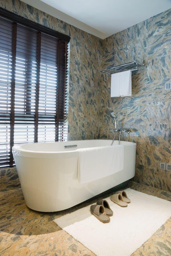 Lyxigt badrum royaltyfri foto