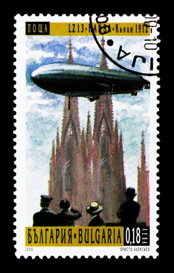 LZ13 ` Hanze ` over Keulen 1912, 100 Jaar Luchtschepen serie, circa 2000 stock fotografie