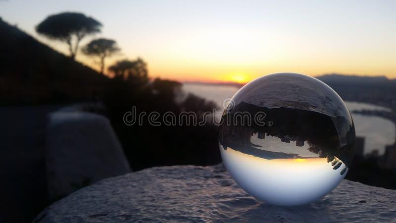 Mágica da bola de cristal imagens de stock