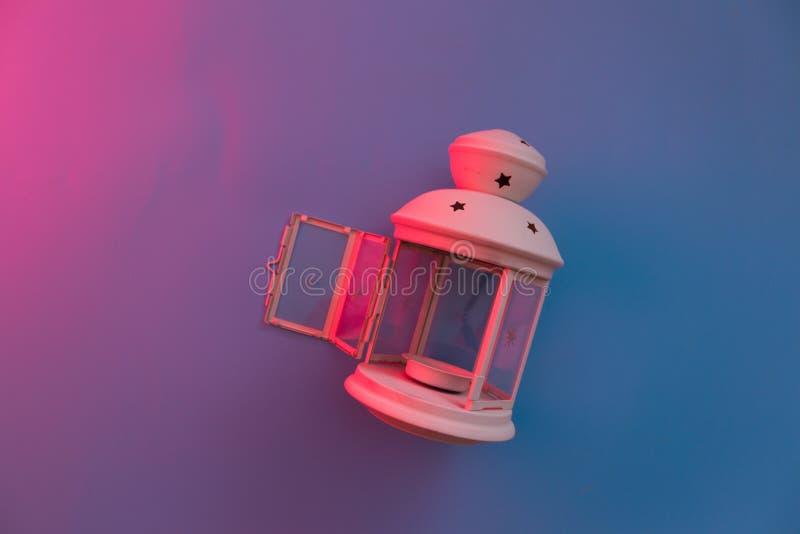 mágica em uma lanterna de vidro imagens de stock royalty free