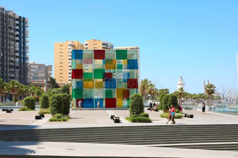 MÁLAGA, ESPAÑA - 13 DE JUNIO DE 2018: Centro Málaga, España de Pompidou Es la segunda ciudad populosa de Andalucía y del sexto gr imagenes de archivo