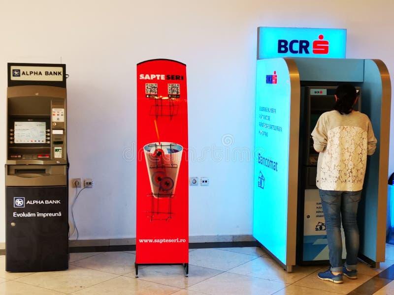 Máquina Alpha Bank e BCR do ATM foto de stock royalty free