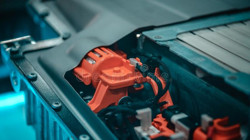 Máquina das peças de motor do robô industrial fotografia de stock royalty free