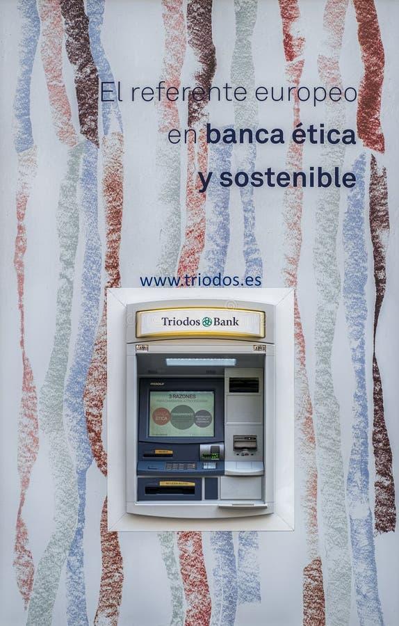 Máquina de caixa automático para o dinheiro imagens de stock royalty free