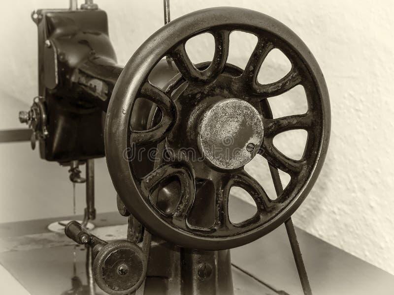 Máquina de costura do vintage imagens de stock royalty free