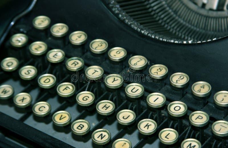 Download Máquina de escrever antiga imagem de stock. Imagem de formado - 111599