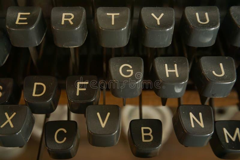 Máquina de escrever do close up imagem de stock royalty free