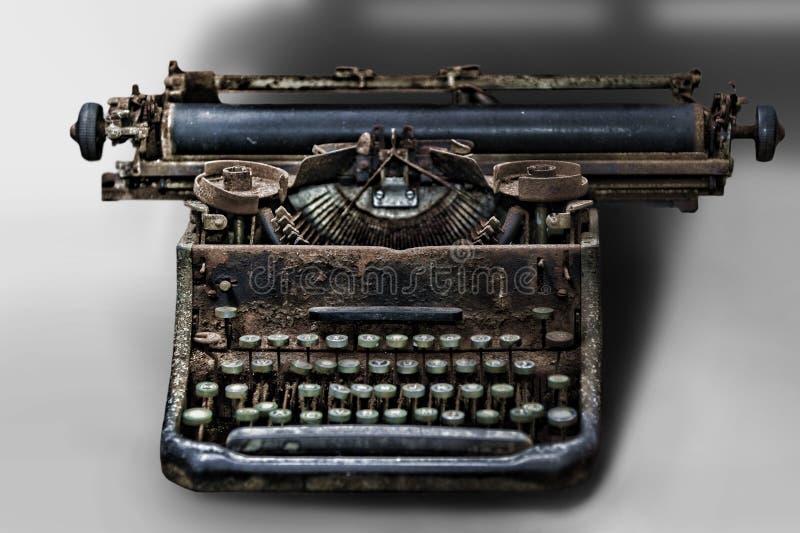 Máquina de escribir vieja fotos de archivo libres de regalías